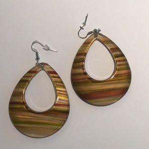 🌟Striped acrylic earrings, beige tones🌟